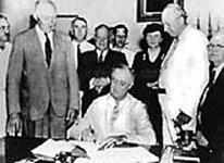 dbq fdr and the great depression Analyze the responses of franklin d roosevelt's administration to the problems of the great depressionhow effective were there responses how d.